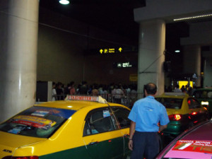 line at taxi rank at new Don Muang Aiport
